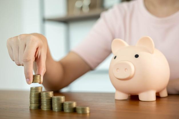 Economizando dinheiro para investimentos futuros