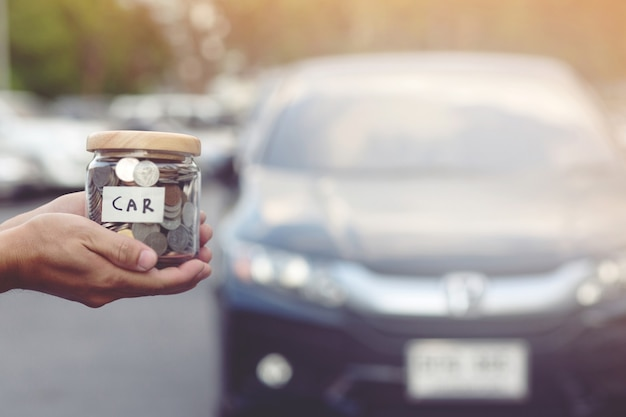 Economize dinheiro para comprar um carro novo.