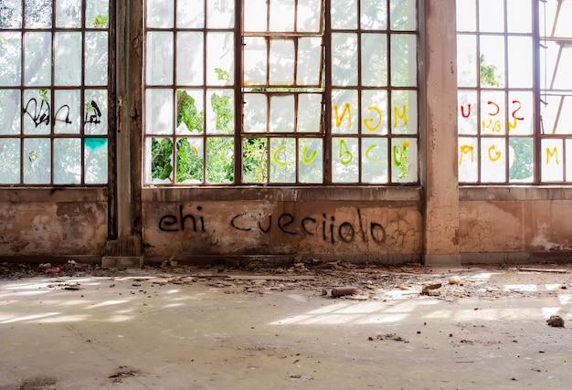 Edifício abandonado