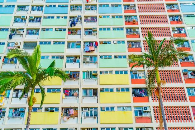 Edifício colorido em hong kong