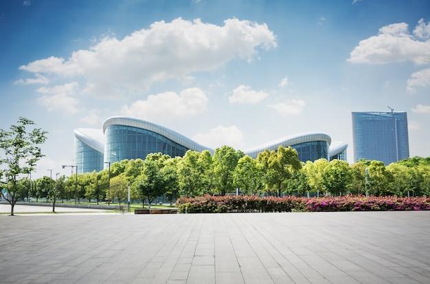 Edifício com design moderno