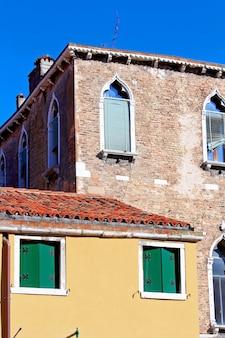 Edifício de estilo italiano, roma itália
