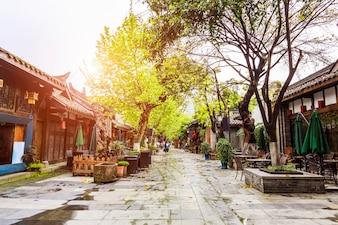 Edifício histórico estreito e famoso da Ásia