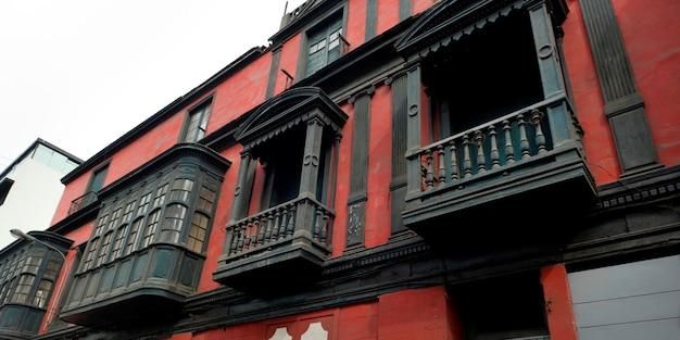 Edifício no centro histórico de lima, lima, peru