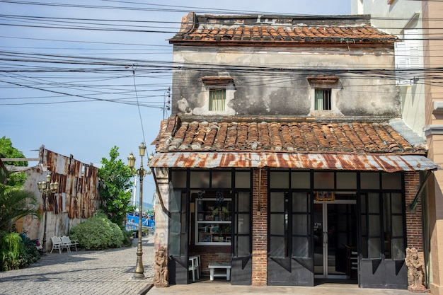 Edifício velho na cidade de songkhla, tailândia do sul.