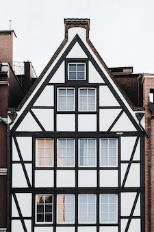 Edifícios de arquitetura tradicional na cidade velha