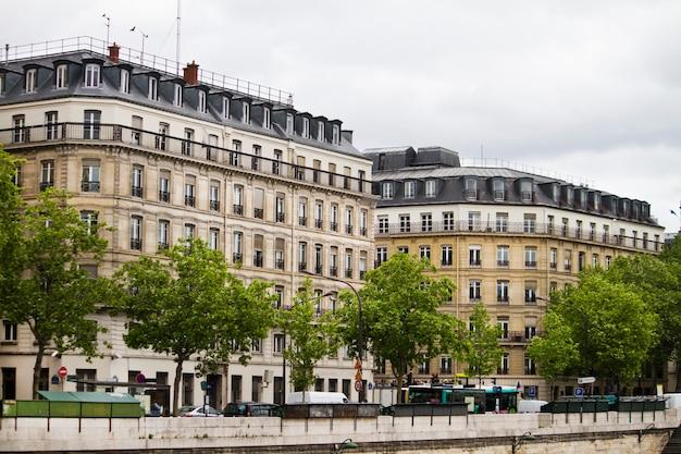 Edifícios franceses típicos