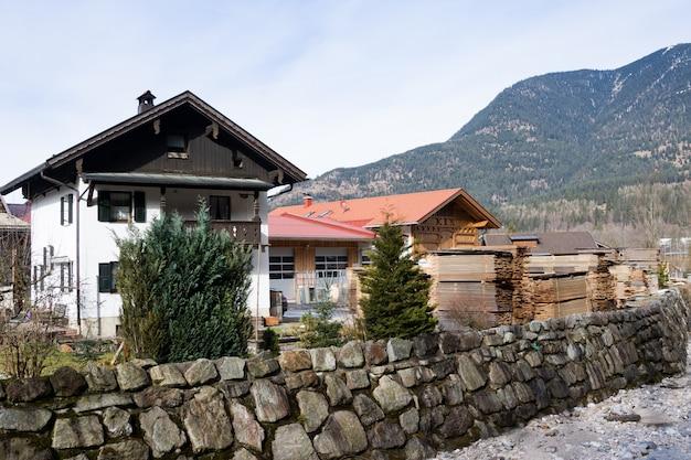 Edifícios típicos na baviera, alemanha