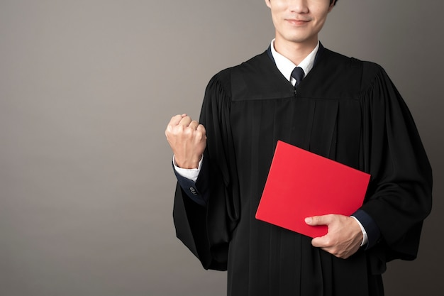 Educação bem sucedida de homem de pós-graduação