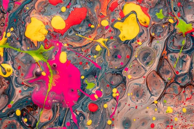 Efeito acrílico abstrato de variedade de formas coloridas