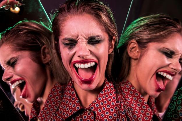 Efeito de espelho múltiplo de mulher gritando