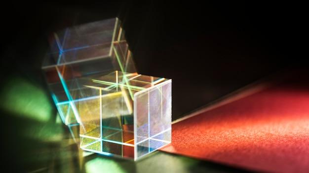 Efeito de prisma abstrato de luzes do arco-íris