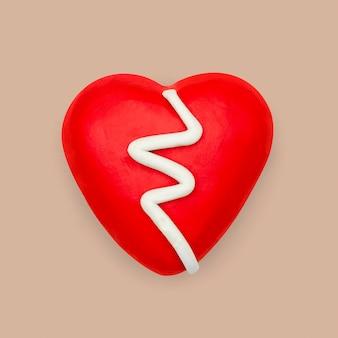 Elemento diy de argila de plasticina com coração partido