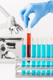 Elementos científicos de vista frontal no laboratório