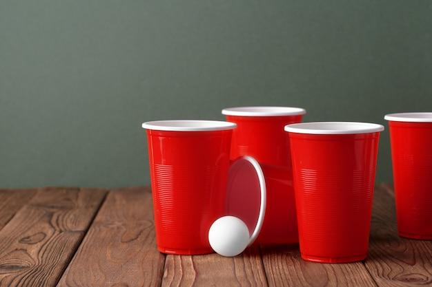 Elementos de pong de cerveja
