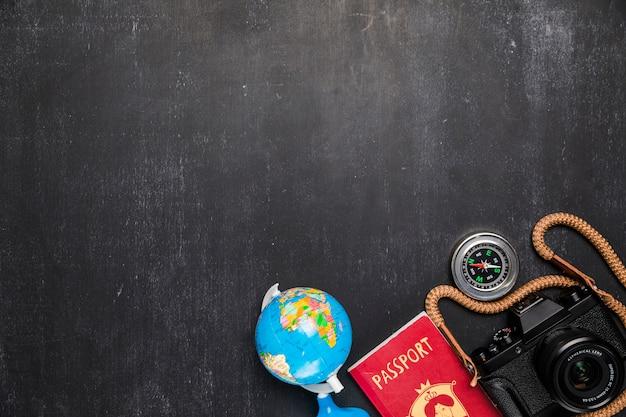 Elementos de viagem no quadro-negro