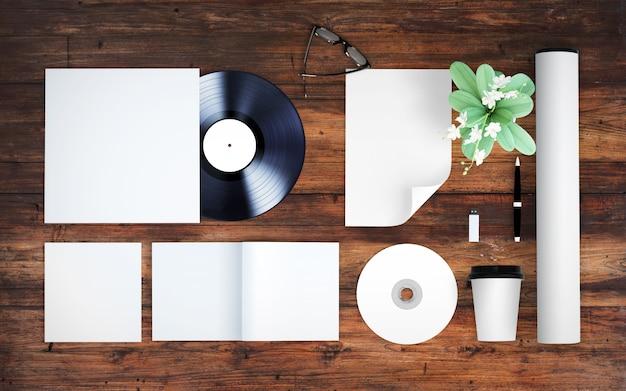 Elementos em branco maquete vista superior fundo de madeira