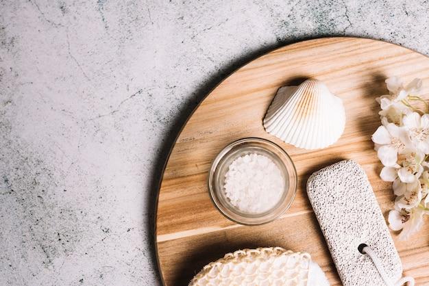 Elementos para uma massagem relaxante em um spa