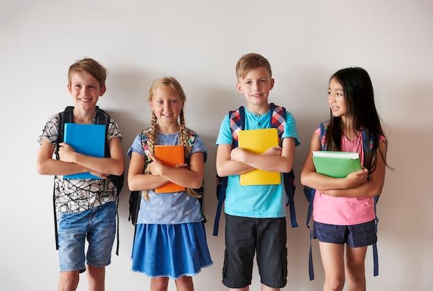 Eles não podem esperar mais pelas aulas