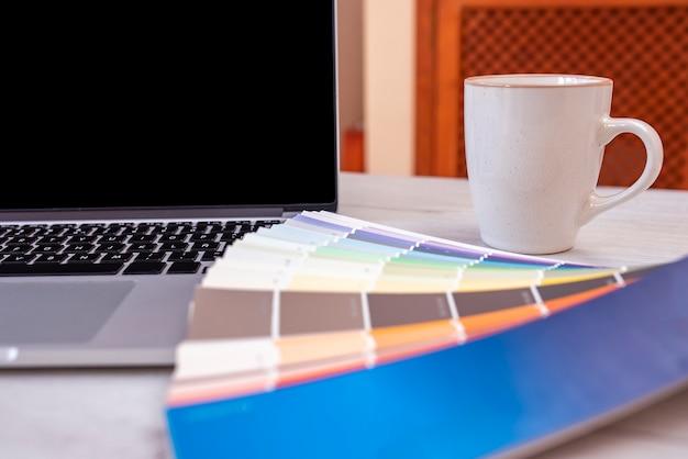 Eletrônica de escritório moderna Foto Premium