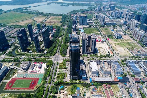 Elevação de edifícios de condomínio e escritórios