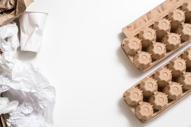 Embalagem de papel biodegradável. saúde e meio ambiente. material reciclável ecológico