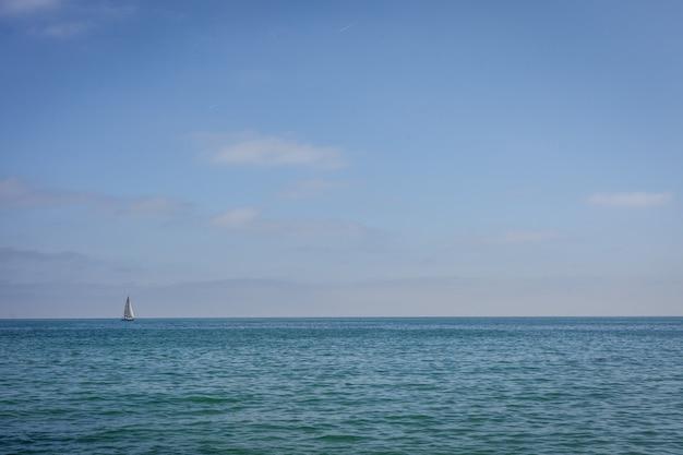 Embarcação à vela
