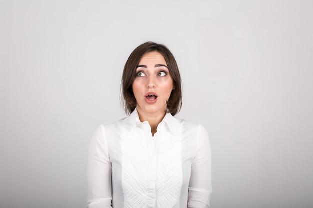 Emoções femininas no estúdio