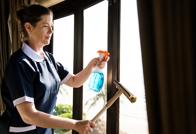 Empregada, limpeza, um, quarto hotel