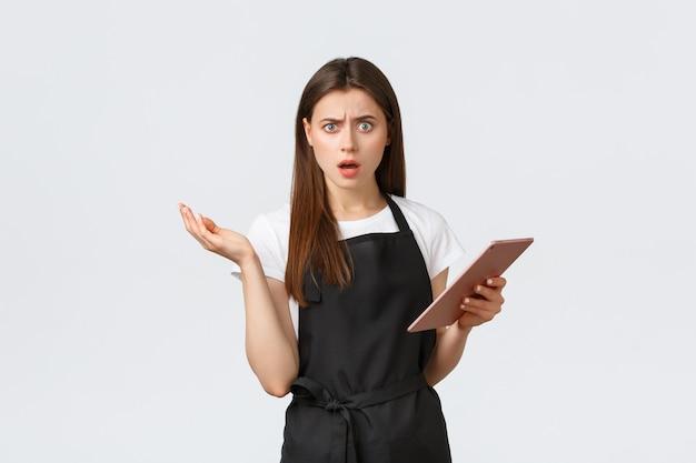 Empregados de mercearia pequena empresa e café conceito confuso feminino barista café trabalhador ...