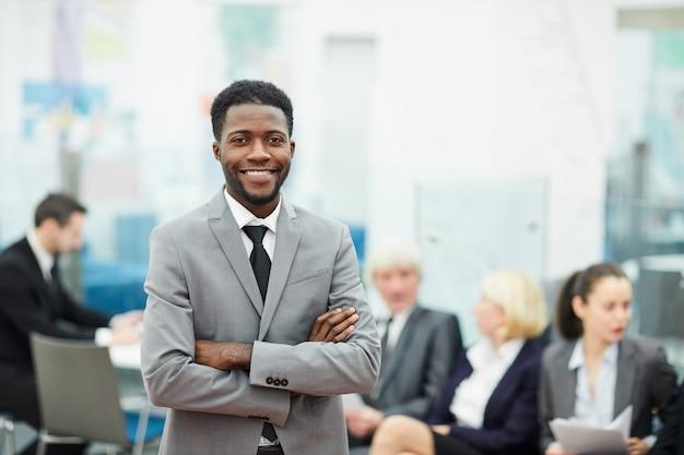 Empresário africano bem sucedido