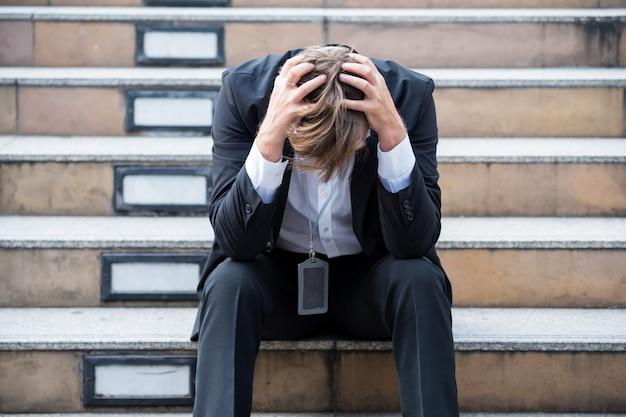 Empresário de dor de cabeça foi demitido