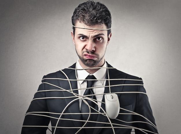 Empresário irritado aborrecido
