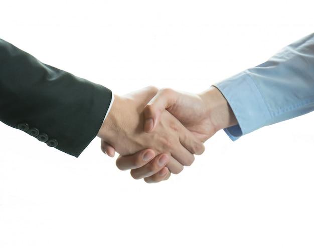 Empresários, apertando a mão.