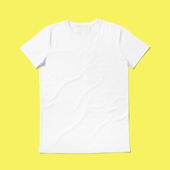 Encha a vista em volta da camisa de gola t isolada em fundo amarelo. adequado para o seu projeto de design.