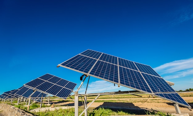 Energia do painel solar do sol