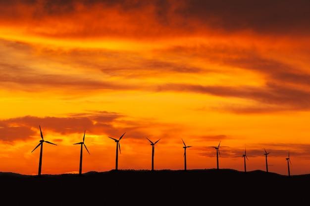 Energia renovável, energia eólica com moinhos de vento