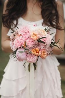 Engajamento flor de decoração do partido romântico