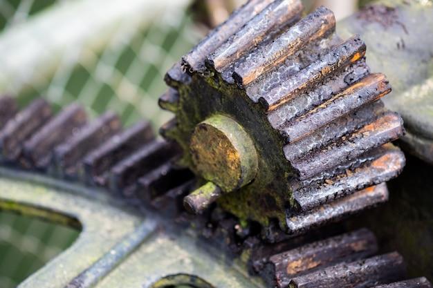 Engrenagem industrial, trabalhando na fábrica.