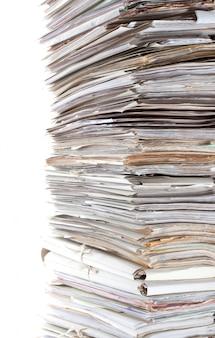 Enorme pilha de papéis