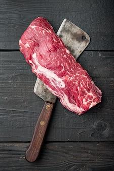 Entrecosto de bife marmorizado fresco cru de carne black angus prime filé mignon cortado
