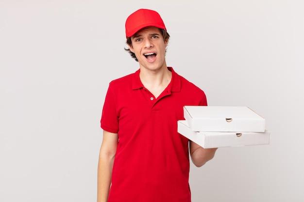 Entregador de pizza se sentindo perplexo e confuso