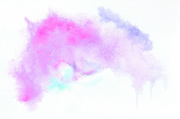 Entregue a forma tirada da aguarela em tons misturados para seu projeto. fundo pintado criativo, decoração feita à mão