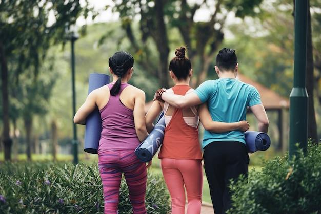 Entusiastas da ioga