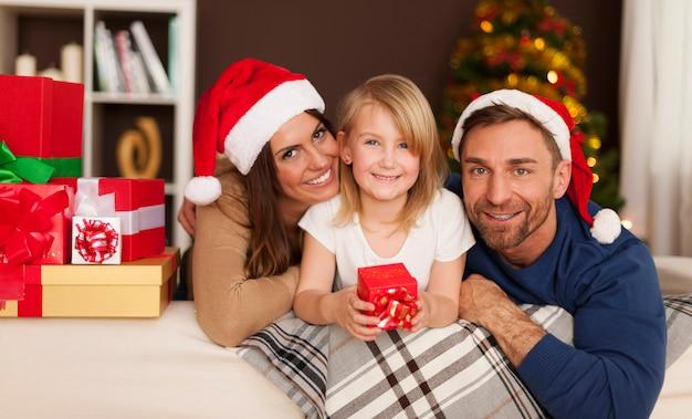 Época de natal com família amorosa