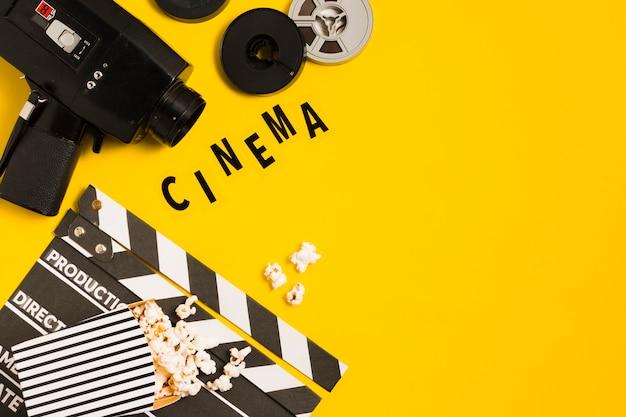 Equipamento de cinema com cópia espaço