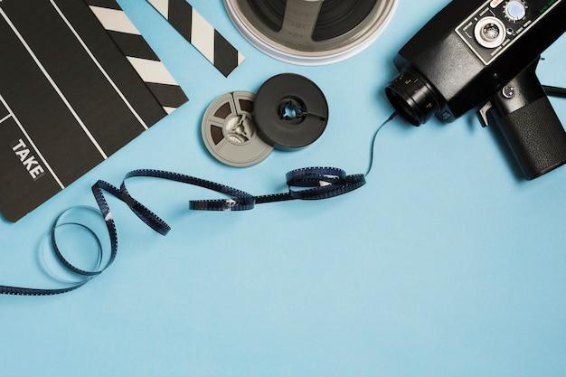 Equipamento de cinema com espaço para cópia