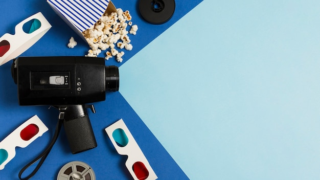 Equipamento de cinema plana leiga e óculos 3d