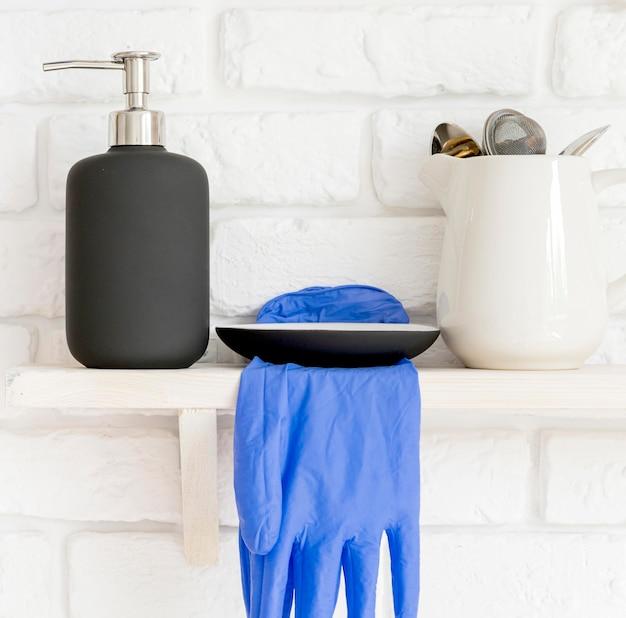 Equipamento de desinfecção em prateleiras