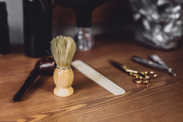 Equipamento de escova e corte de cabelo